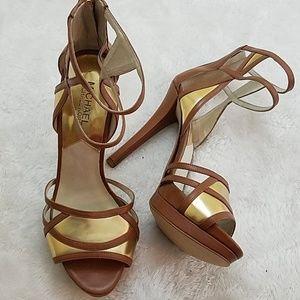 Michael Kors Sz 8.5 brown & gold ankle strap heels